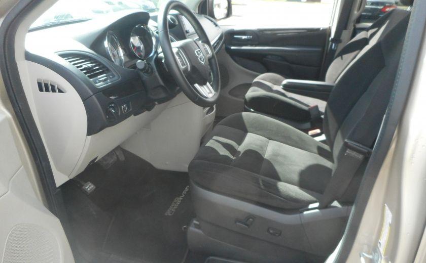 2014 Dodge GR Caravan SXT #8