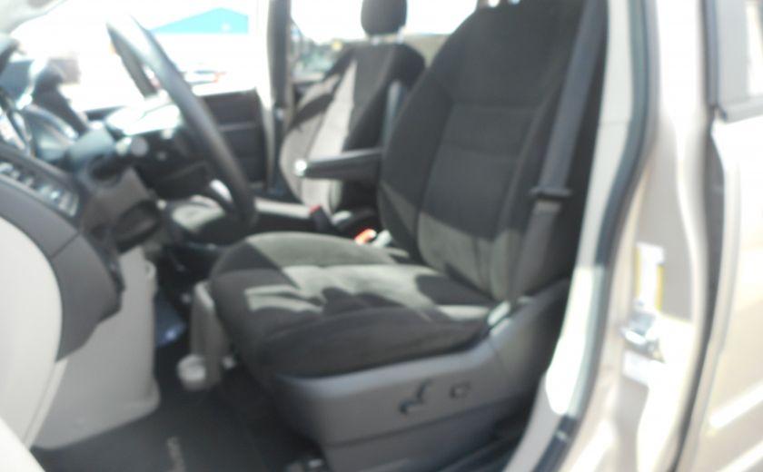 2014 Dodge GR Caravan SXT #9
