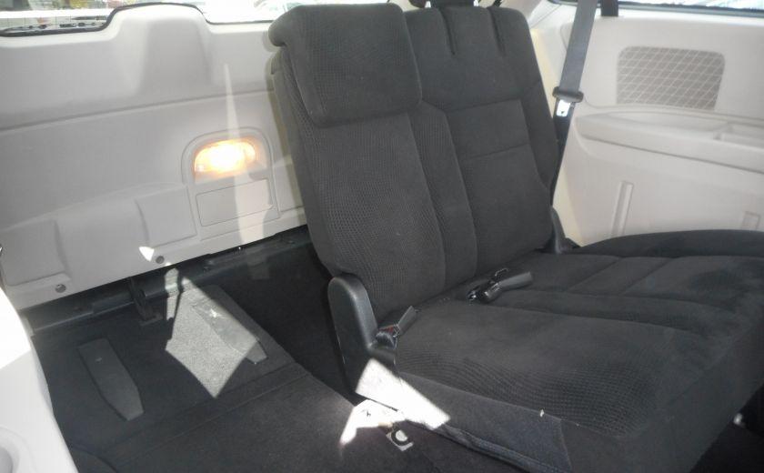 2014 Dodge GR Caravan SXT #17