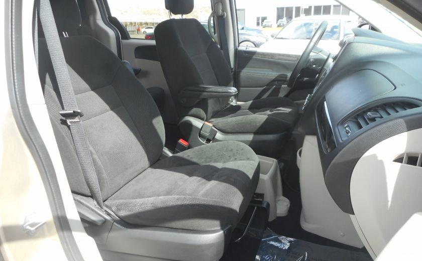 2014 Dodge GR Caravan SXT #19