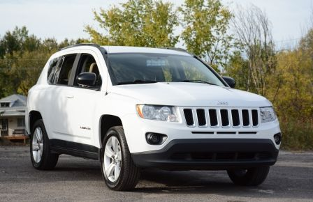 2011 Jeep Compass NORTH EDITION A/C SIEGES CHAUFFFANT 4X4 AUTO in Blainville