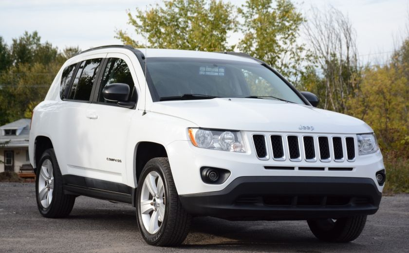 2011 Jeep Compass NORTH EDITION 4X4 A/C SIEGES CHAUFFANT CRUISE #0