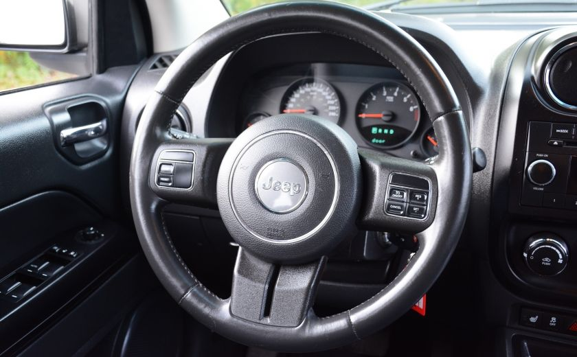 2011 Jeep Compass NORTH EDITION 4X4 A/C SIEGES CHAUFFANT CRUISE #12