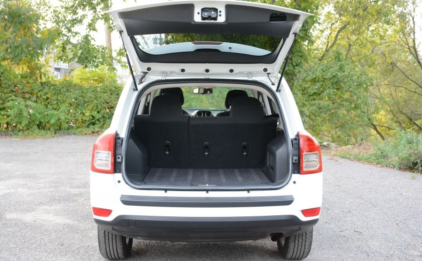 2011 Jeep Compass NORTH EDITION 4X4 A/C SIEGES CHAUFFANT CRUISE #25