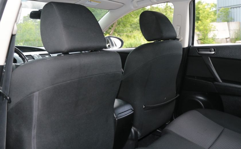 2013 Mazda 3 GX #15