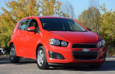 2013 Chevrolet Sonic LS BLUETOOTH COMMANDES AUDIO AU VOLANT in Carignan