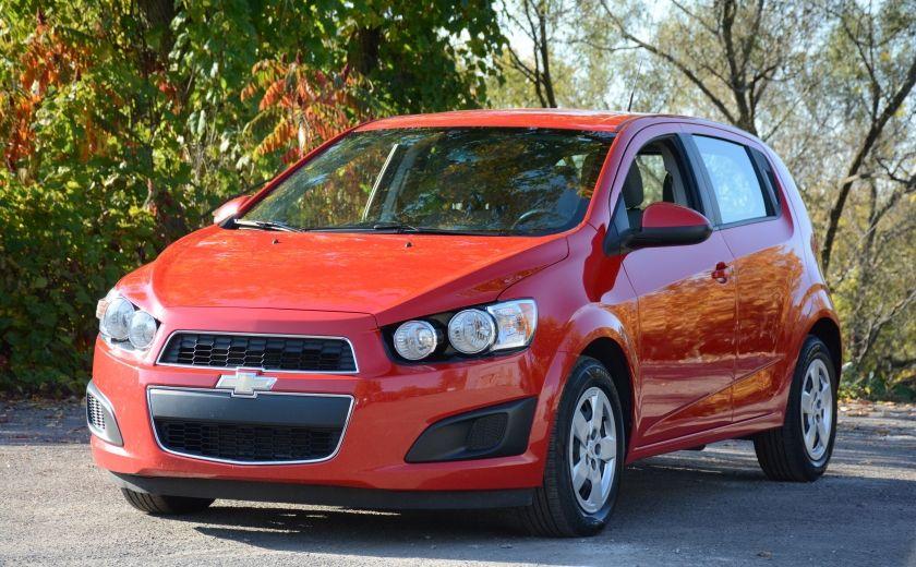 2013 Chevrolet Sonic LS BLUETOOTH COMMANDES AUDIO AU VOLANT #2