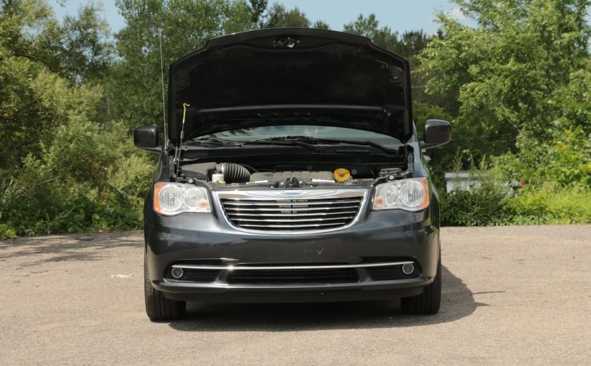 2014 Chrysler Town And Country Touring A/C STOW & GO #29