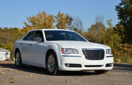 2013 Chrysler 300 300C CUIR TOIT PANO NAV A/C BIZONE CAM BLUETOOTH in Sept-Îles