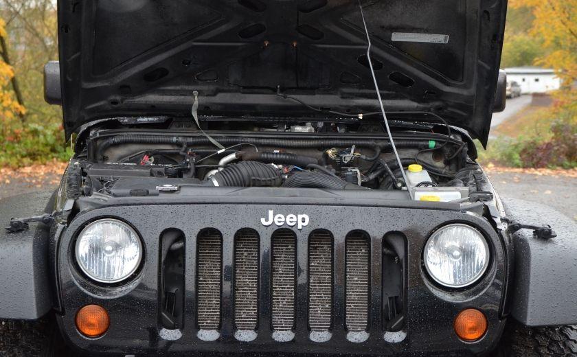 2010 Jeep Wrangler ÉDITION SPORT MAN TOIT MOU 4X4 #24