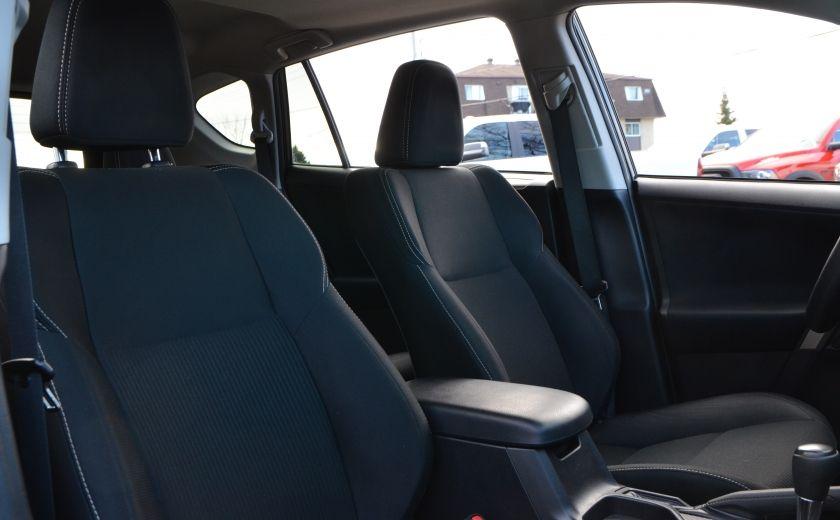 2015 Toyota Rav 4 XLE A/C NAV SIEGES CHAUFFANT TI SAT BLUETOOTH CRUI #33