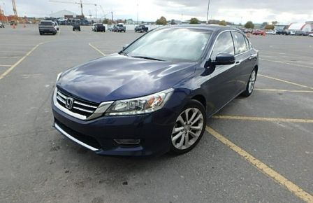 2013 Honda Accord TOURING NAVIGATION CUIR  SIEGES CHAUFFANT PANO à Drummondville