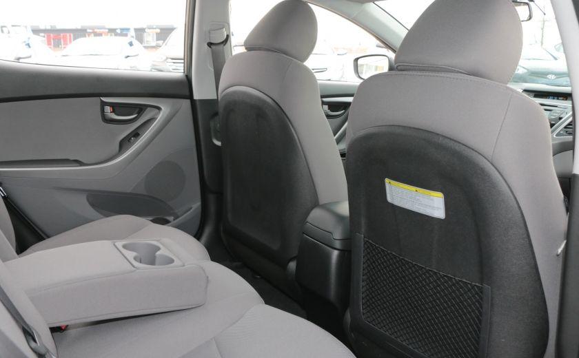 2015 Hyundai Elantra L #17