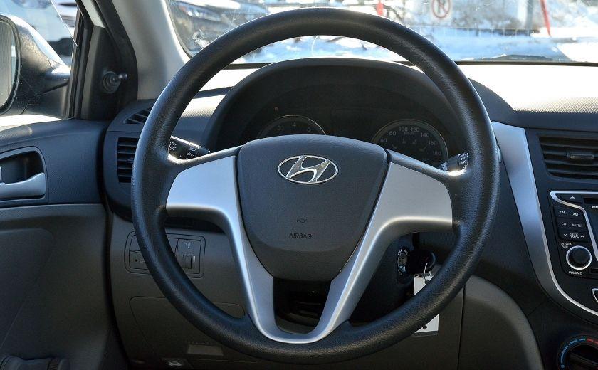 2013 Hyundai Accent L AUTO #14