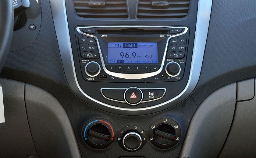 2013 Hyundai Accent L AUTO #15