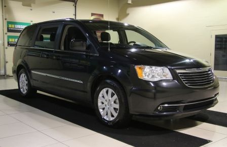 2015 Chrysler Town And Country A/C MAGS BLUETOOTH à Rimouski