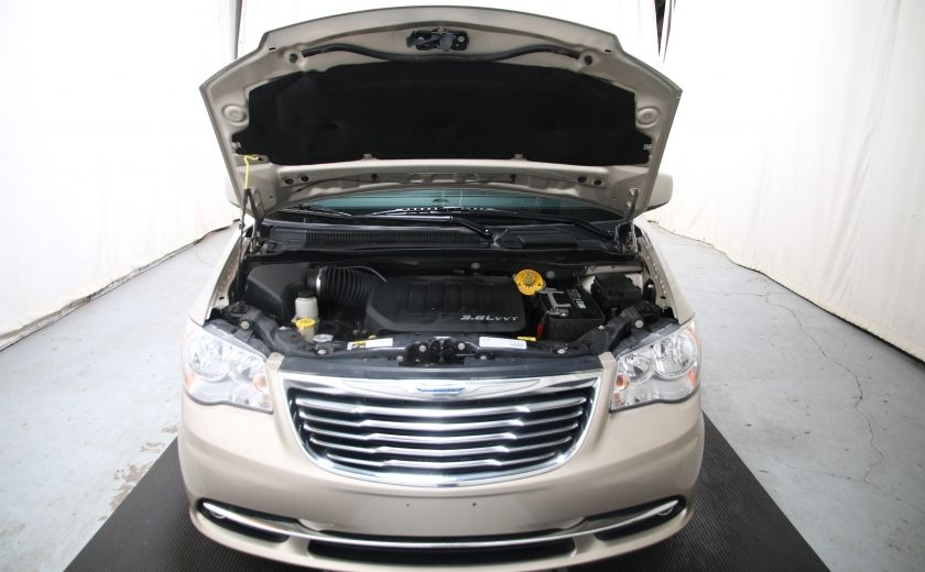 2014 Chrysler Town And Country Touring AUTO A/C GR ELECT MAGS CAM.RECUL #24