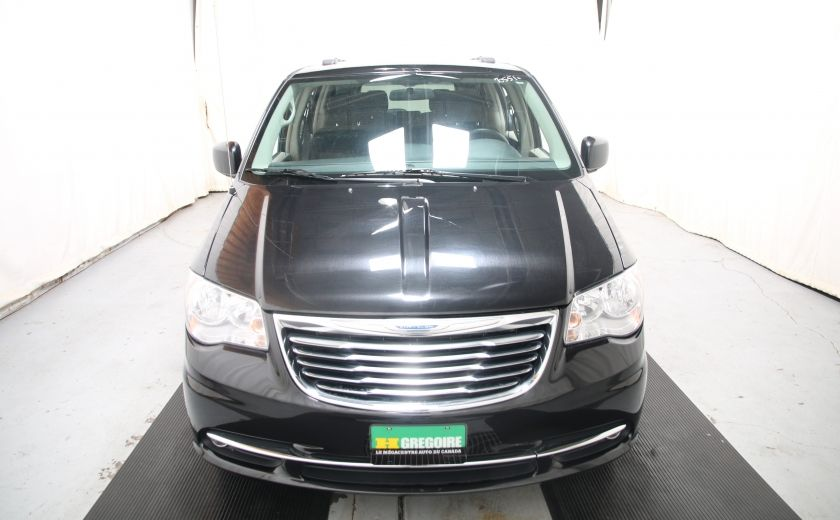 2014 Chrysler Town And Country Touring #1