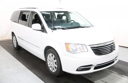 2014 Chrysler Town And Country Touring à Terrebonne