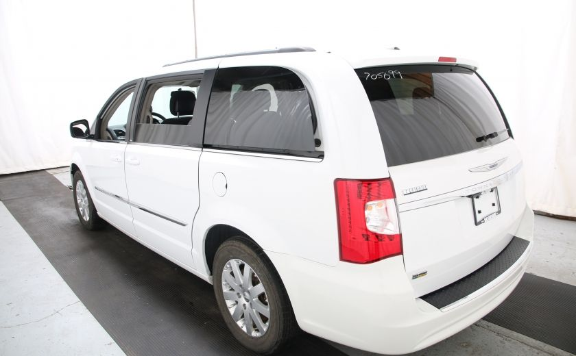 2014 Chrysler Town And Country Touring #3