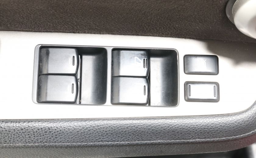 2011 Nissan Versa 1.8 SL A/C TOIT MAGS #9