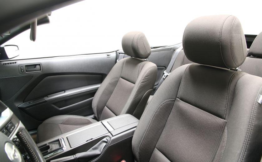 2014 Ford Mustang V6 Premium CONVERTIBLE #18