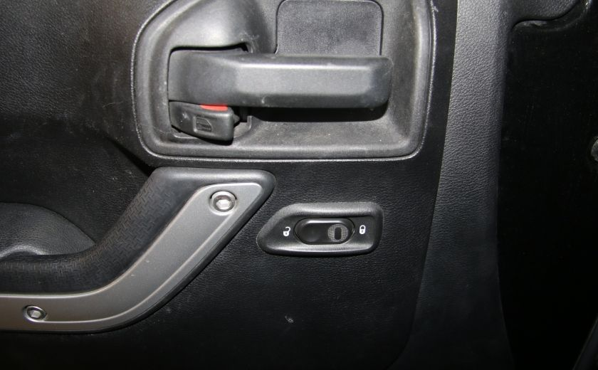 2012 Jeep Wrangler Rubicon 4WD TOIT NAV MAGS #10