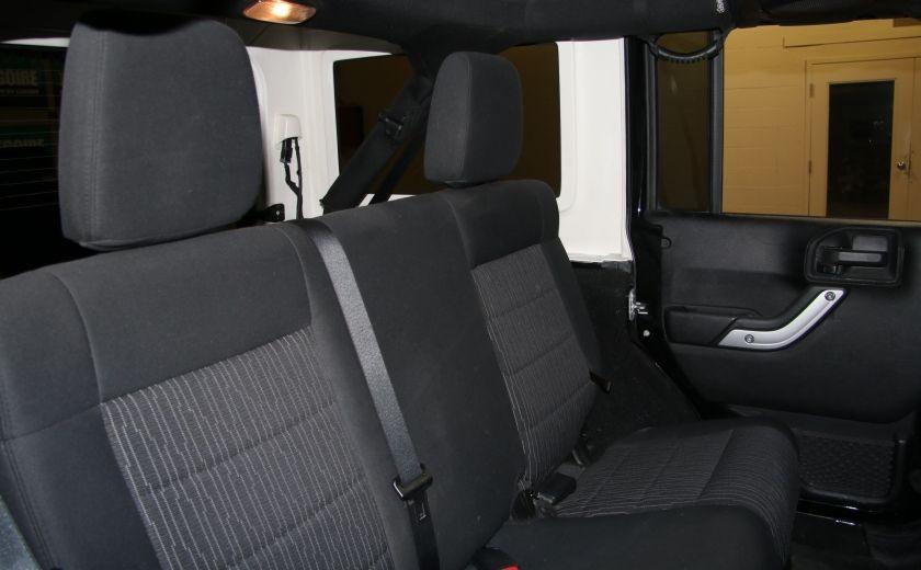 2012 Jeep Wrangler Rubicon 4WD TOIT NAV MAGS #23