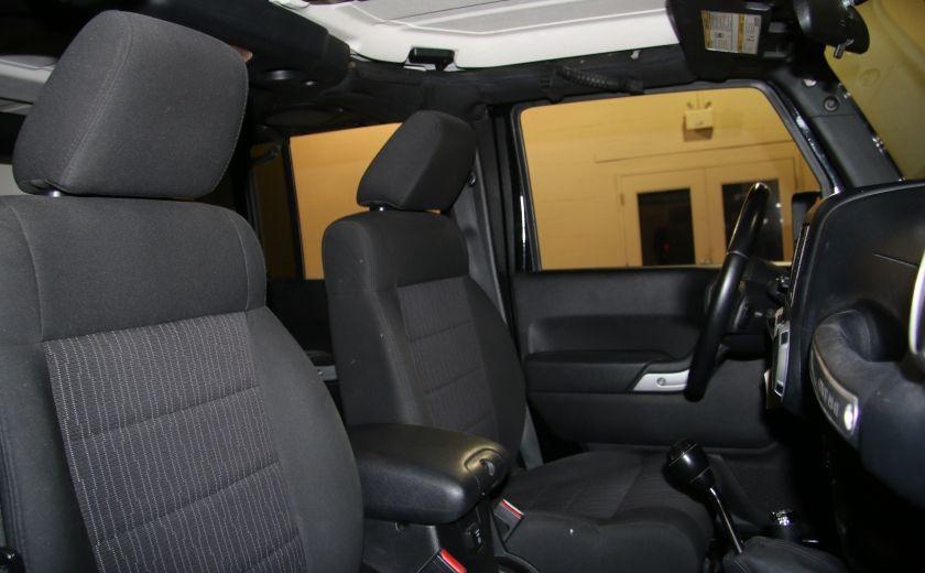 2012 Jeep Wrangler Rubicon 4WD TOIT NAV MAGS #26