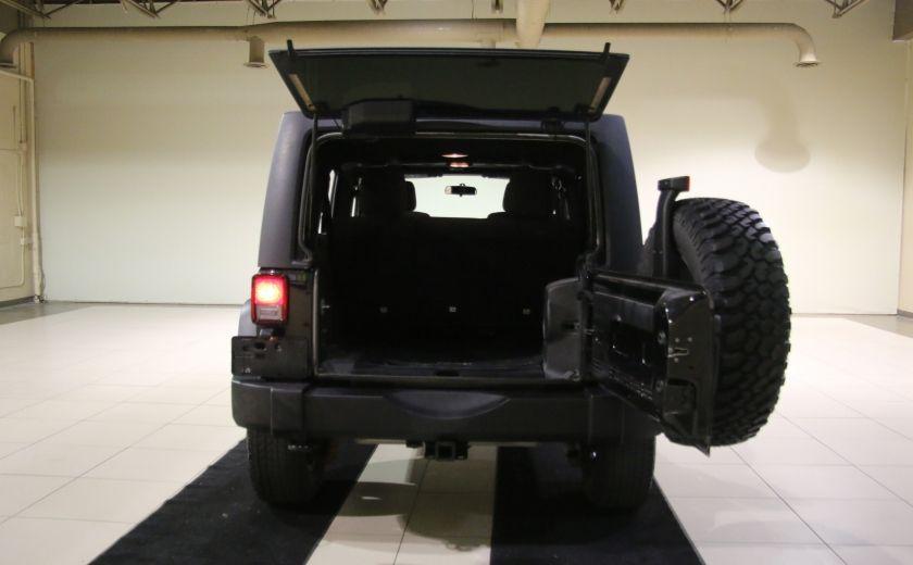 2012 Jeep Wrangler Rubicon 4WD TOIT NAV MAGS #29