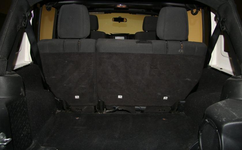 2012 Jeep Wrangler Rubicon 4WD TOIT NAV MAGS #30