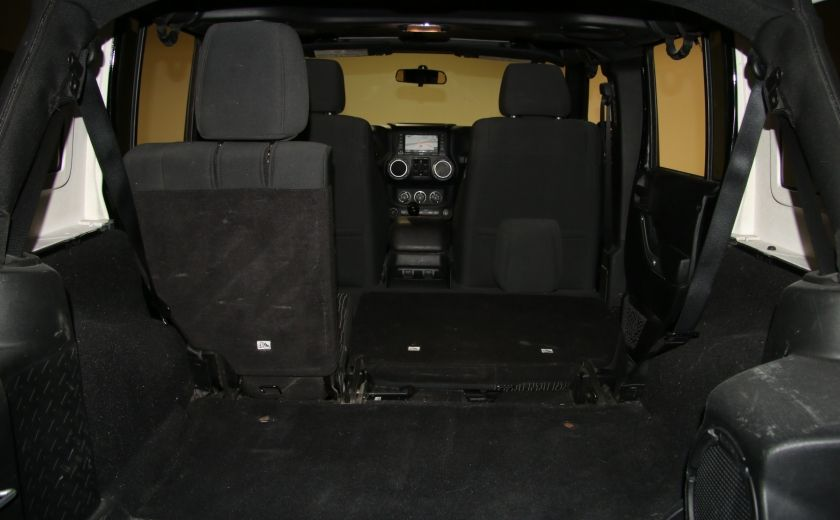 2012 Jeep Wrangler Rubicon 4WD TOIT NAV MAGS #31