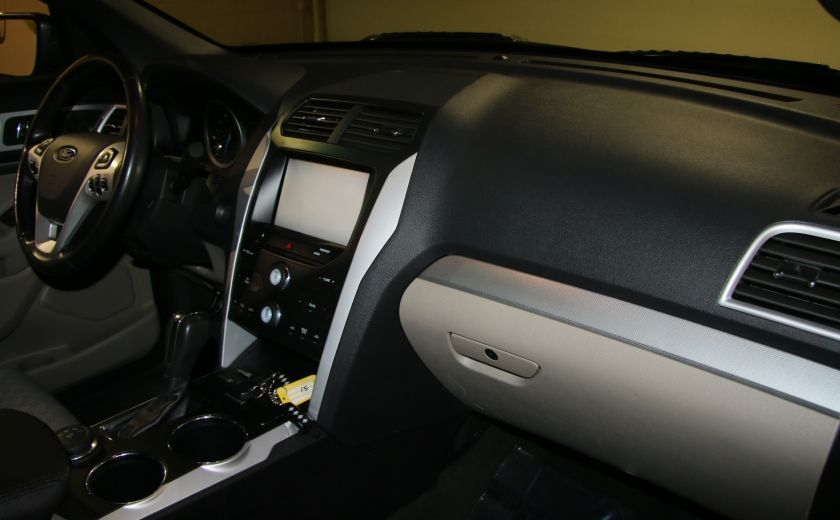 2014 Ford Explorer XLT 4WD 7 PASSAGERS #26