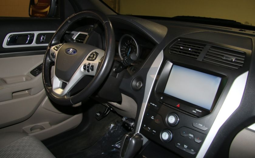 2014 Ford Explorer XLT 4WD 7 PASSAGERS #27
