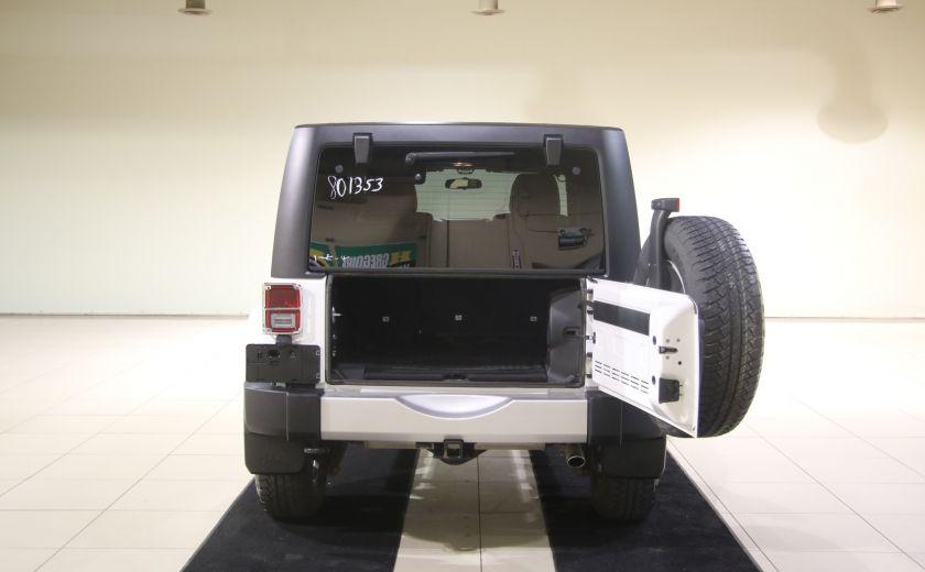 2012 Jeep Wrangler Sahara 4WD AUTO A/C 2TOITS CUIR #19