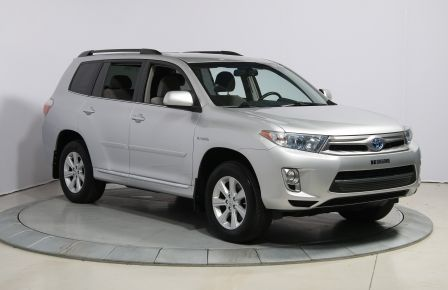 2013 Toyota Highlander 4WD AUTO A/C GR ELECT MAGS BLUETOOTH 7PASSAGERS à Blainville