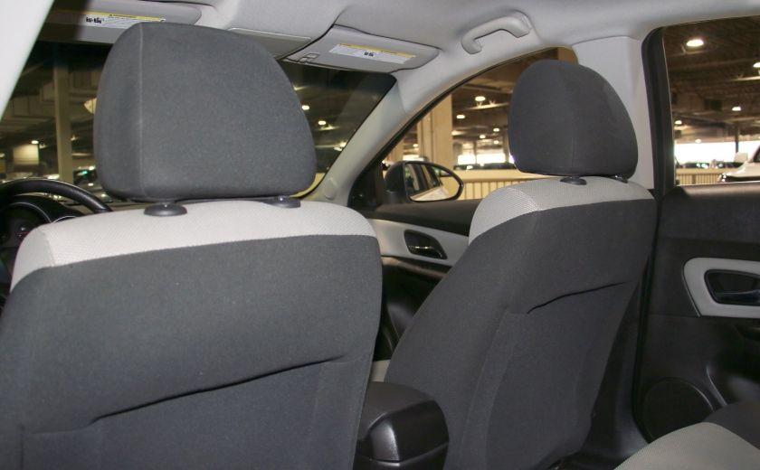 2012 Chevrolet Cruze LS A/C #17