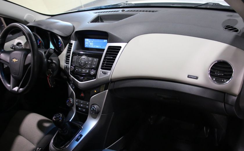 2012 Chevrolet Cruze LS A/C #21