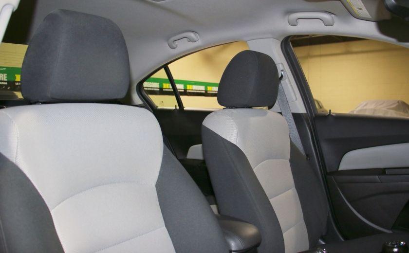 2012 Chevrolet Cruze LS A/C #23