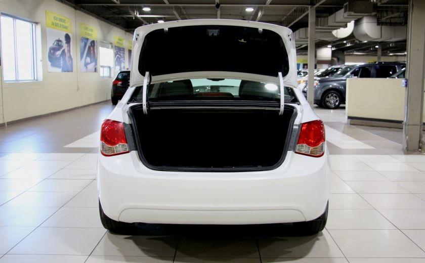 2012 Chevrolet Cruze LS A/C #26