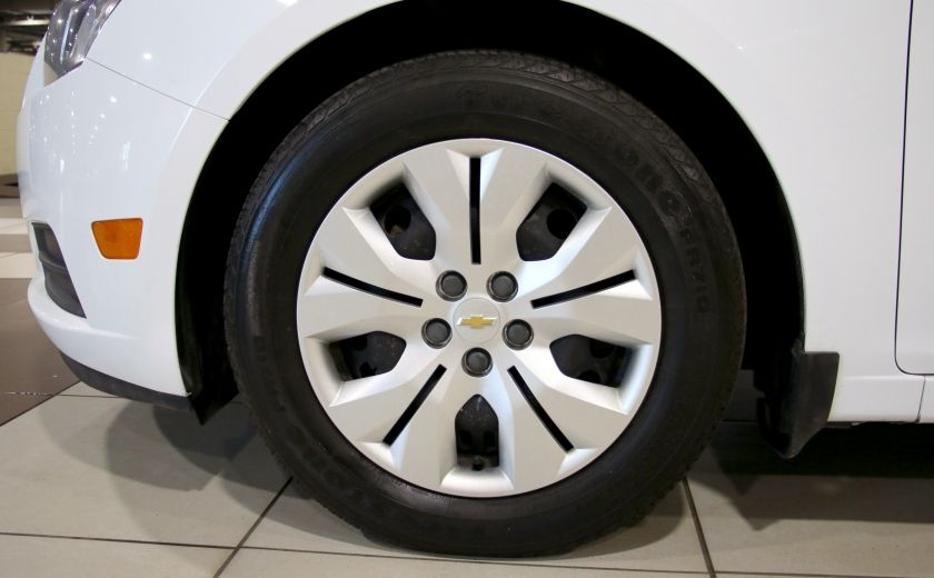 2012 Chevrolet Cruze LS A/C #27
