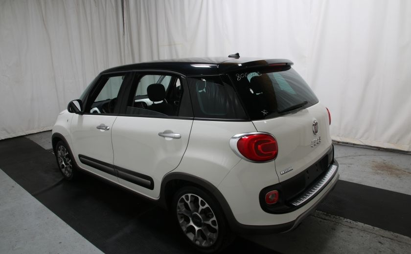 2014 Fiat 500L Trekking TOIT PANO #3