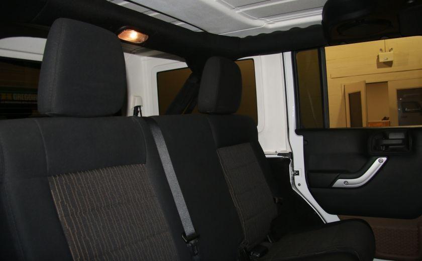 2012 Jeep Wrangler Sahara 4WD AUTO A/C 2TOITS MAGS #20