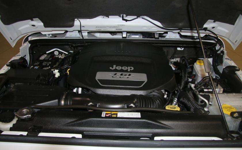 2012 Jeep Wrangler Sahara 4WD AUTO A/C 2TOITS MAGS #24