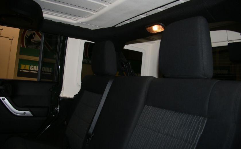 2011 Jeep Wrangler Sahara 4WD AUTO A/C 2TOITS MAGS #17