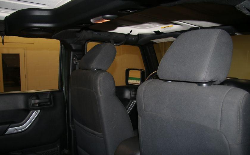 2011 Jeep Wrangler Sahara 4WD AUTO A/C 2TOITS MAGS #18