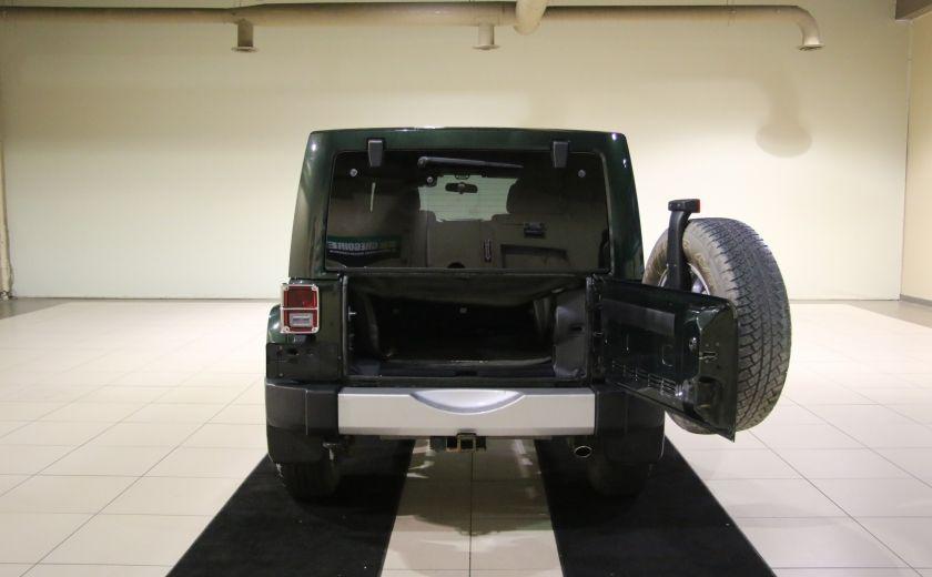 2011 Jeep Wrangler Sahara 4WD AUTO A/C 2TOITS MAGS #24
