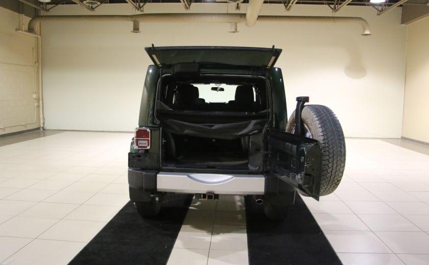 2011 Jeep Wrangler Sahara 4WD AUTO A/C 2TOITS MAGS #25
