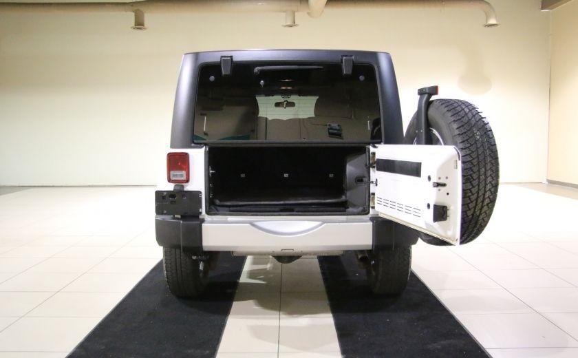 2011 Jeep Wrangler Sahara A/C MAGS #20
