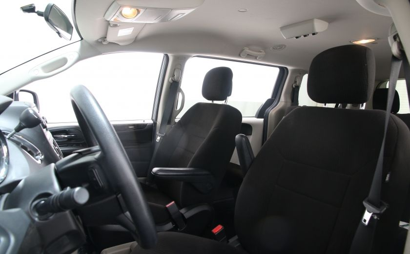 2013 Dodge GR Caravan SXT #8